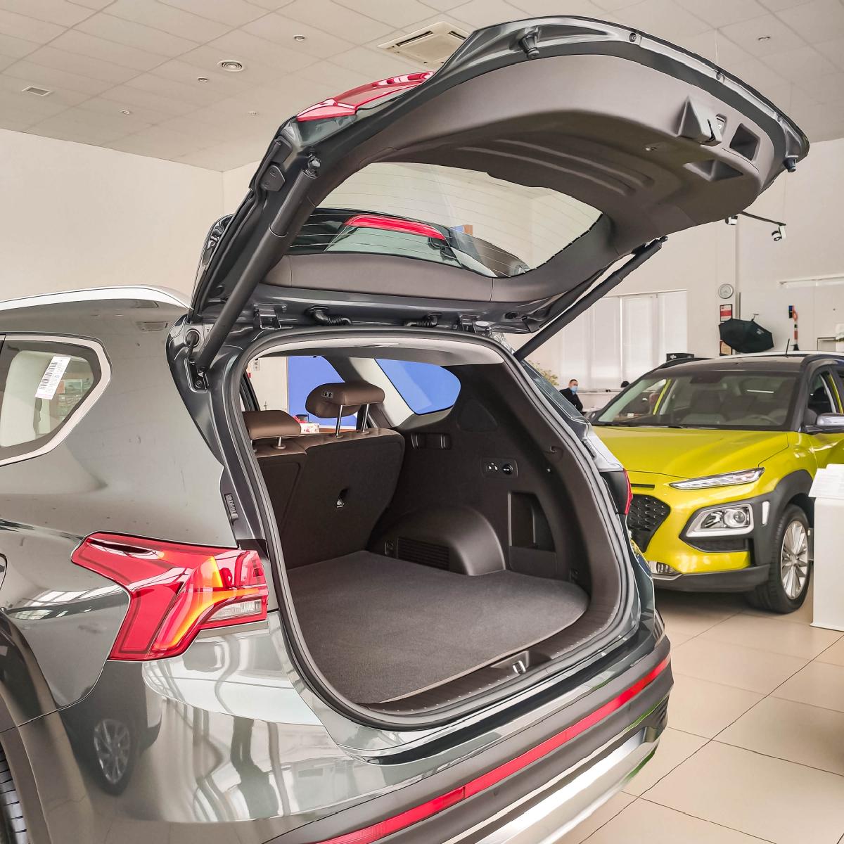 Якби комфорт і розкіш можна було б описати - це був би Hyundai Santa Fe!   Хюндай Мотор Україна - фото 11